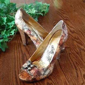 NAUGHTY MONKEY patterned leather pumps
